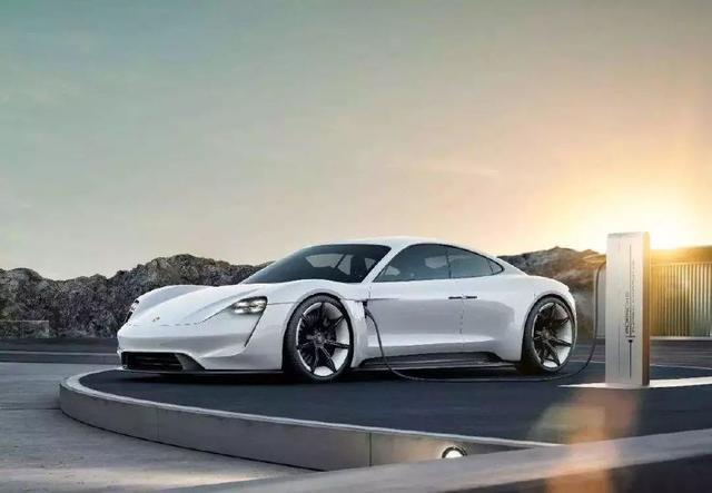 随着新能源汽车技术发展,纯电动跑车未来会不会取缔传统跑车?