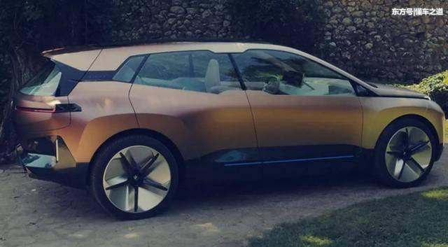 另外,新车采用的是悬浮式车顶设计.图片