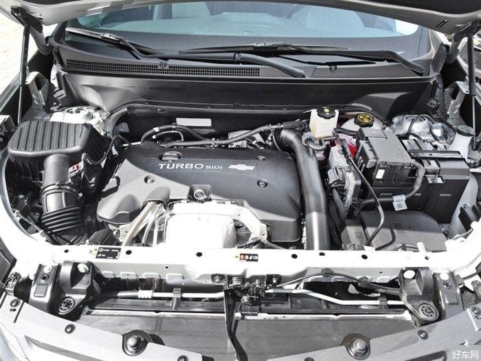 『图为老款车型』 由于是年款车型,新款探界者在外观内饰方面基本与老款车型保持一致,主要为配置的调整。配置方面,部分车型增加真皮座椅、电动后备厢、GPS导航系统、type-C接口等。  动力方面,新款探界者将继续搭载1.5T(535T)和2.0T(550T)两种动力,最大功率分别为180马力和260马力;传动系统方面,1.