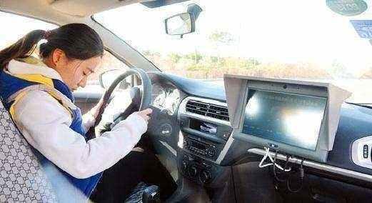 手动挡汽车六大禁忌,新手司机一定要看,否则后果还是很严重的