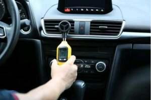 如何在使用汽车内部的空调时 做到不伤身体还能够节省汽油