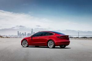 反超比亚迪 特斯拉成全球最大电动车制造商