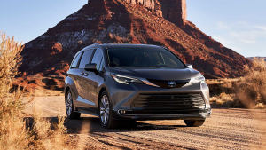 丰田全新一代塞纳将国产,主推2.5L混动,这下GL8压力更大了!