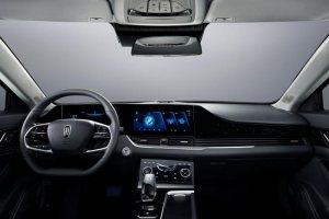 全新奔騰B70內飾官圖發布 采用雙聯屏設計