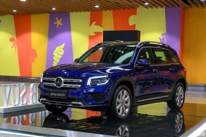 北京奔驰GLB上市 售价31.48-35.48万元